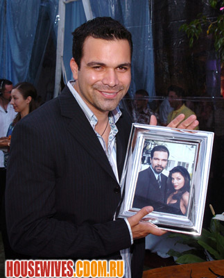 Рикардо Антонио Чавира (Карлос Солис) - Сериал Отчаянные Домохозяйки