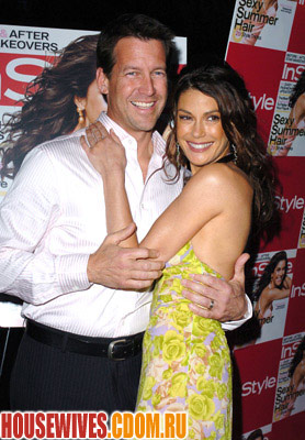 http://housewives.cdom.ru/photo/images_large/promo1/DesperateHousewives77.jpg